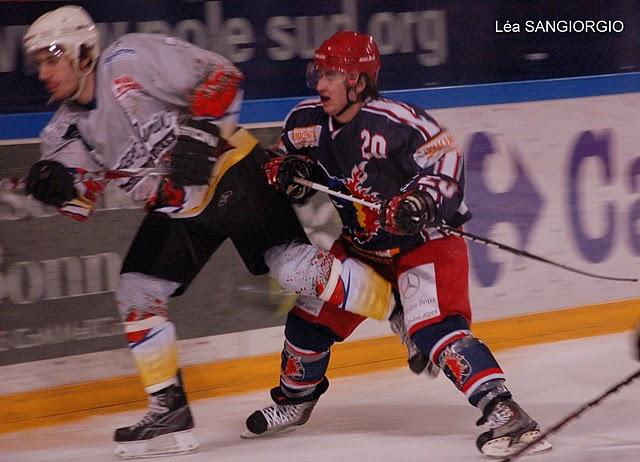 Hockey-sur-glace U22 : Grenoble – Mont-Blanc 1-5 (14/02/2011)
