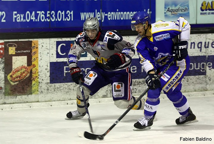 Ligue Magnus 1er tour des play-off (match 1) : Villard-de-Lans – Grenoble 4-3 a.p. (01/03/2011)
