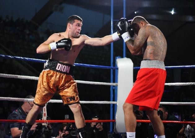 Boxe – vidéo : les hightlights du combat Dion – Royer