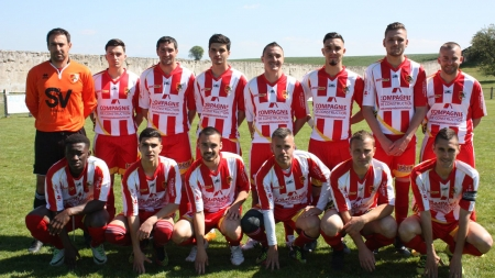 Football Côte Saint-André : le groupe contre Echirolles
