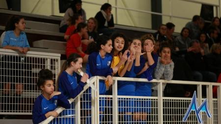 Les U15F de Sud Isère remportent le tournoi de Noël de 2RFC