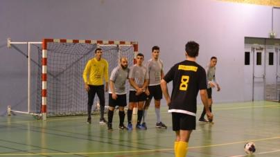 Futsal Lac d'Annecy 3 solide leader suite à sa victoire à Seynod