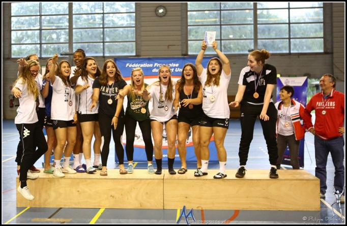Championnat de France Universitaire de handball : la remise des médailles en images