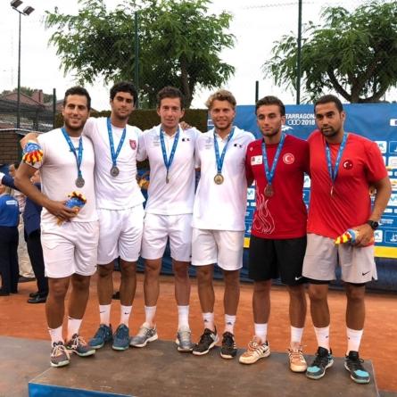 Médaille d'or aux Jeux Méditerranéens pour Corentin Denolly
