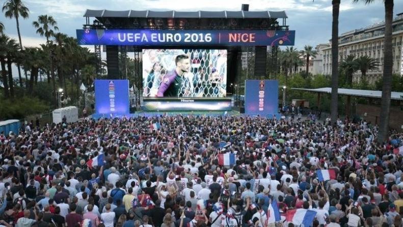 Un écran géant à Benoit Frachon (SMH) pour France – Croatie