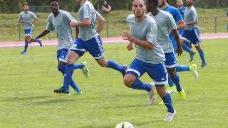 Régional 1 : le FC Échirolles en leader