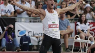Kévin Mayer bat le record du monde du décathlon !