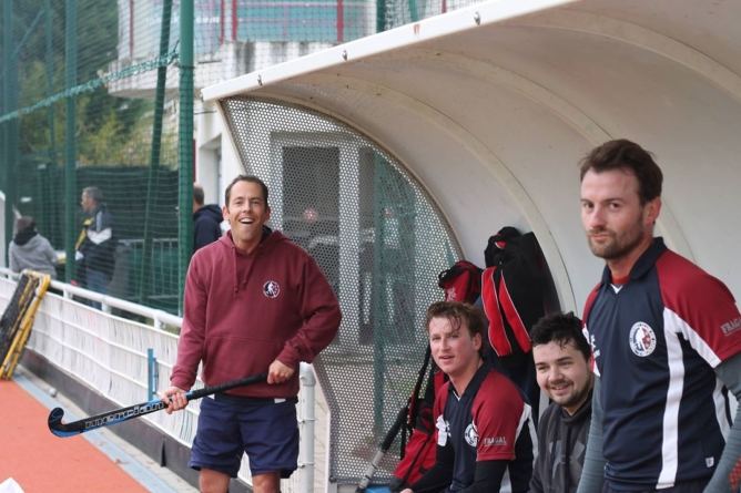 Le Hockey Club Grenoble s'impose chez le leader