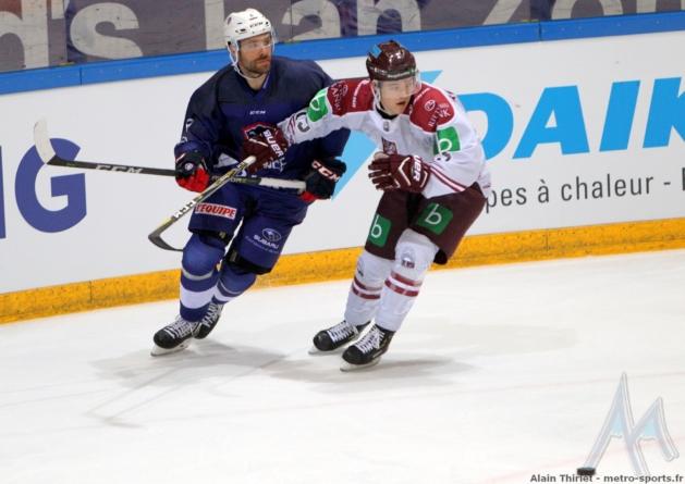 L'équipe de France de hockey-sur-glace n'a rien pu faire contre les USA