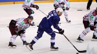 L'équipe de France de hockey-sur-glace défaite d'entrée