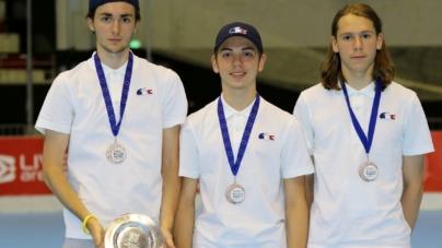Trois Yeti's Grenoble avec l'équipe de France U19 de roller-hockey