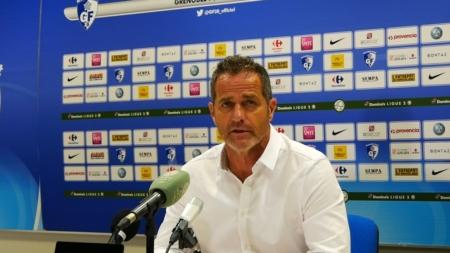 Après GF38 – Paris FC – Philippe Hinschberger : «Je ne comprend pas»