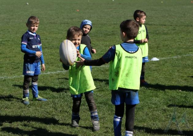 Reprise du sport en club pour les jeunes dès décembre ?