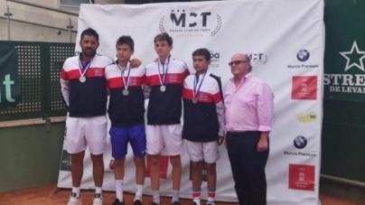 #Tennis – Médaille d'argent pour Gabriel Debru et l'équipe de France