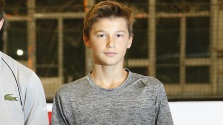 Gabriel Debru (Grenoble Tennis) éliminé en demi-finale du championnat de France U14