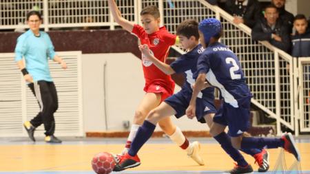 Tournoi de Noël de Deux Rochers FC : les temps forts des phases finales U13