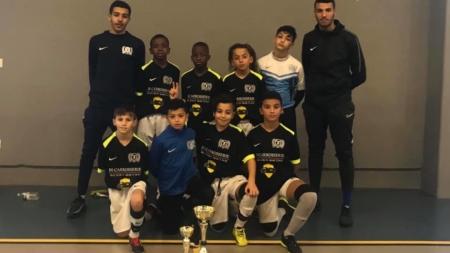 Les U12 du Futsal des Géants remportent le tournoi du CS Vaulx-Milieu