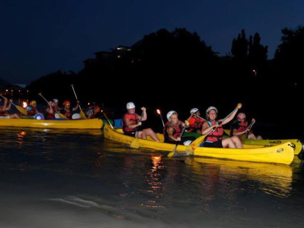 Des descentes nocturnes de l'Isère en canoé tout l'été