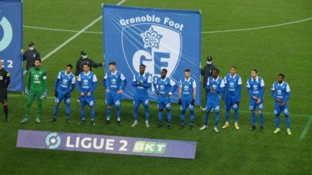 Suivez GF38 – Pau FC en direct commenté