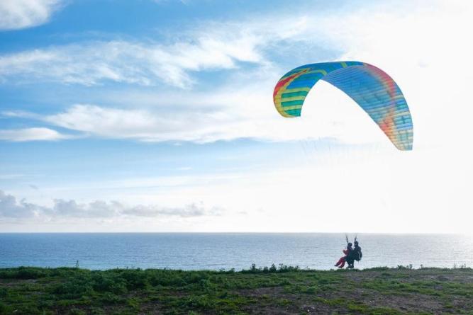 Idée cadeau : un vol parapente biplace à Annecy!