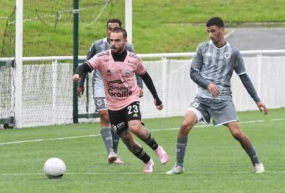 Alexy Bosetti (Le Puy Foot) vers le FC Annecy